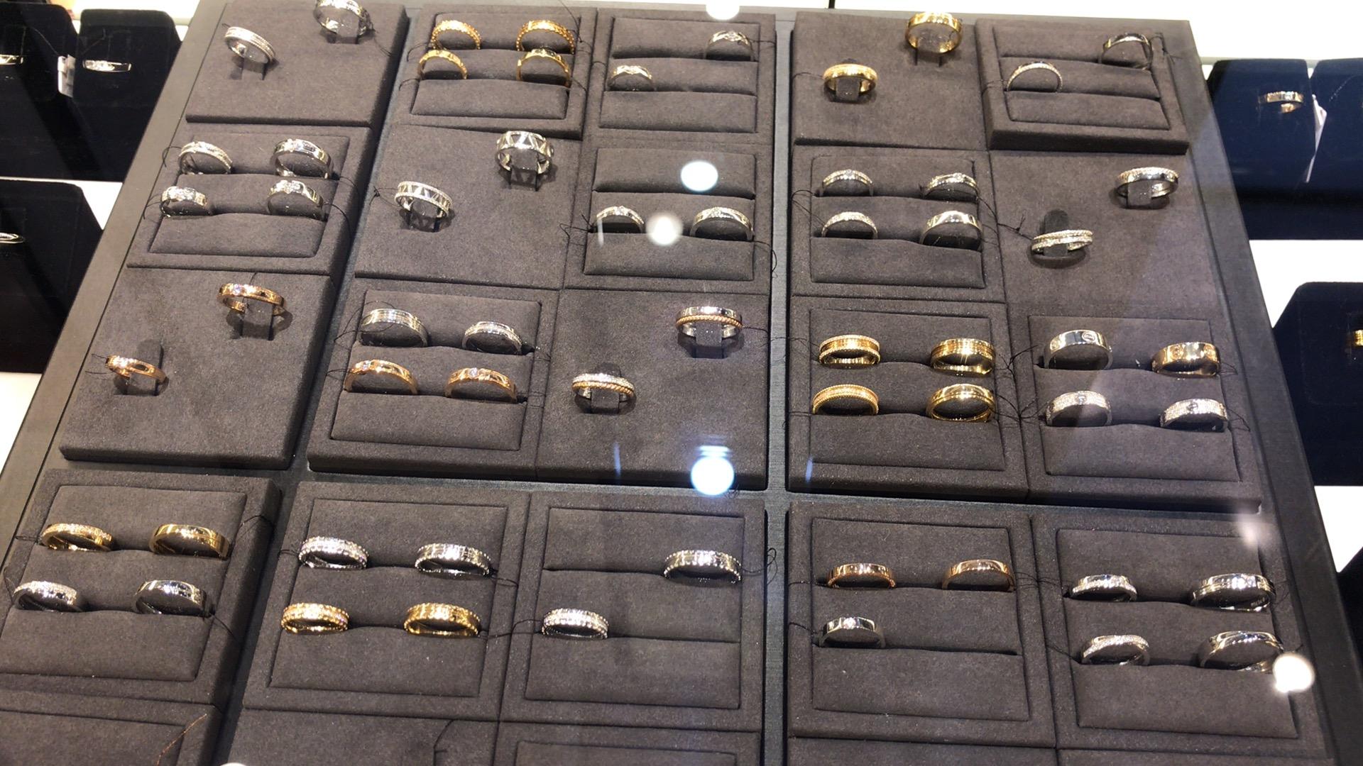 ハノイ 結婚指輪 購入