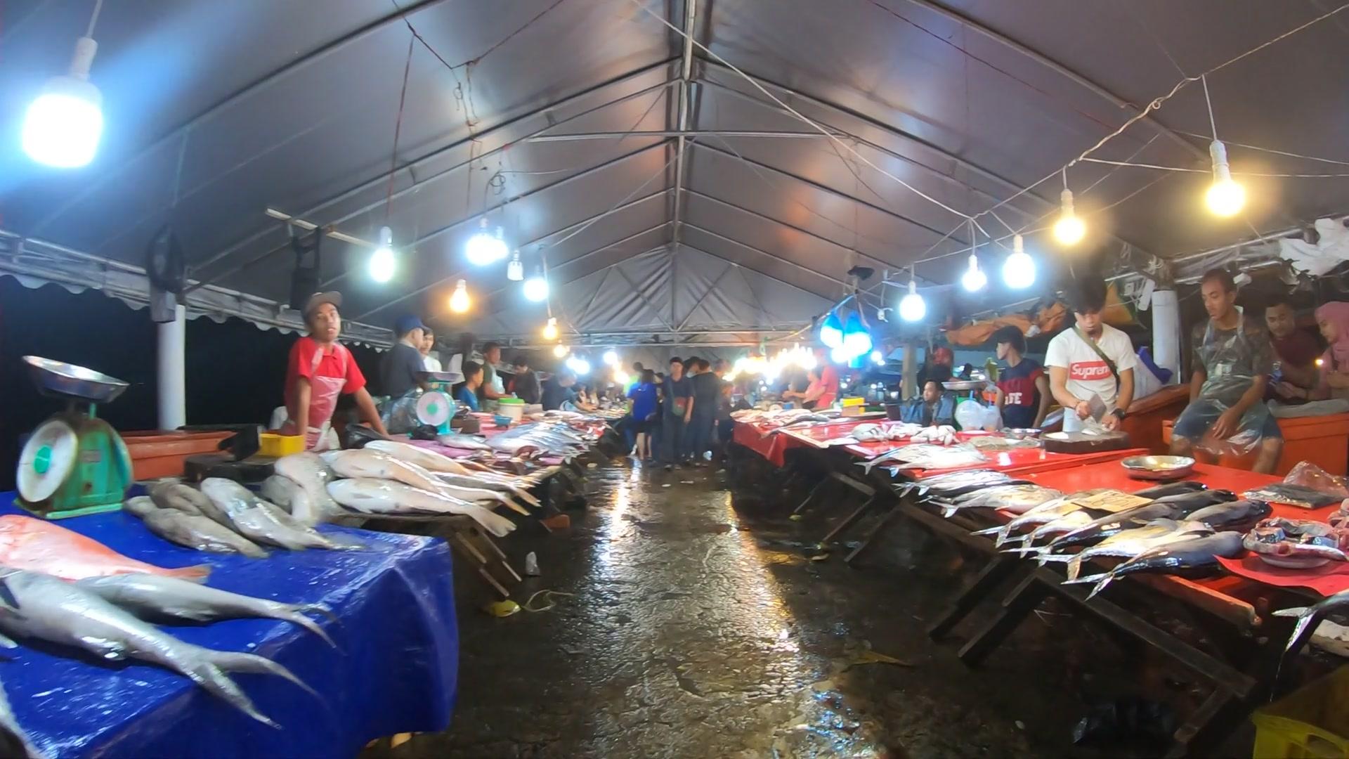 Night Food Market コタキナバル