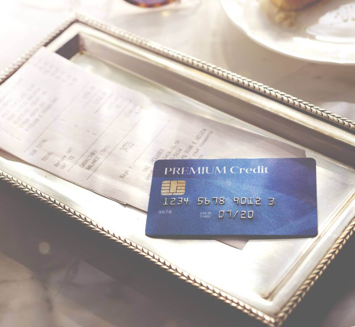 おすすめ 海外旅行保険 クレジットカード 3選