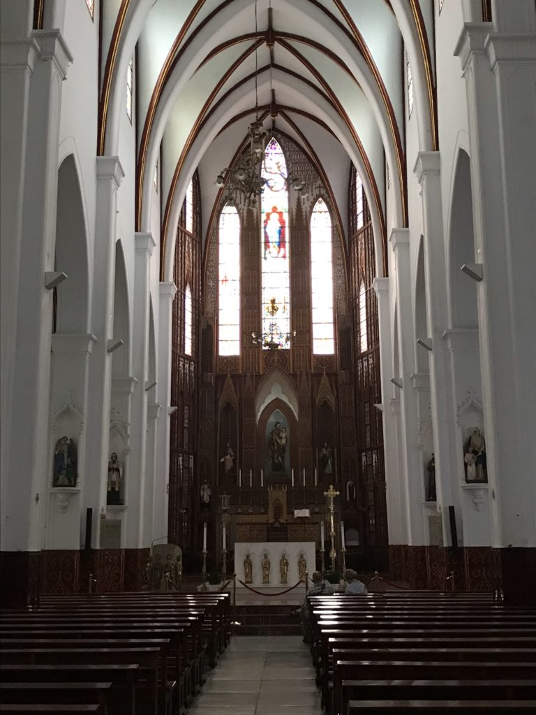 ハノイ 観光 ヨセフ大聖堂