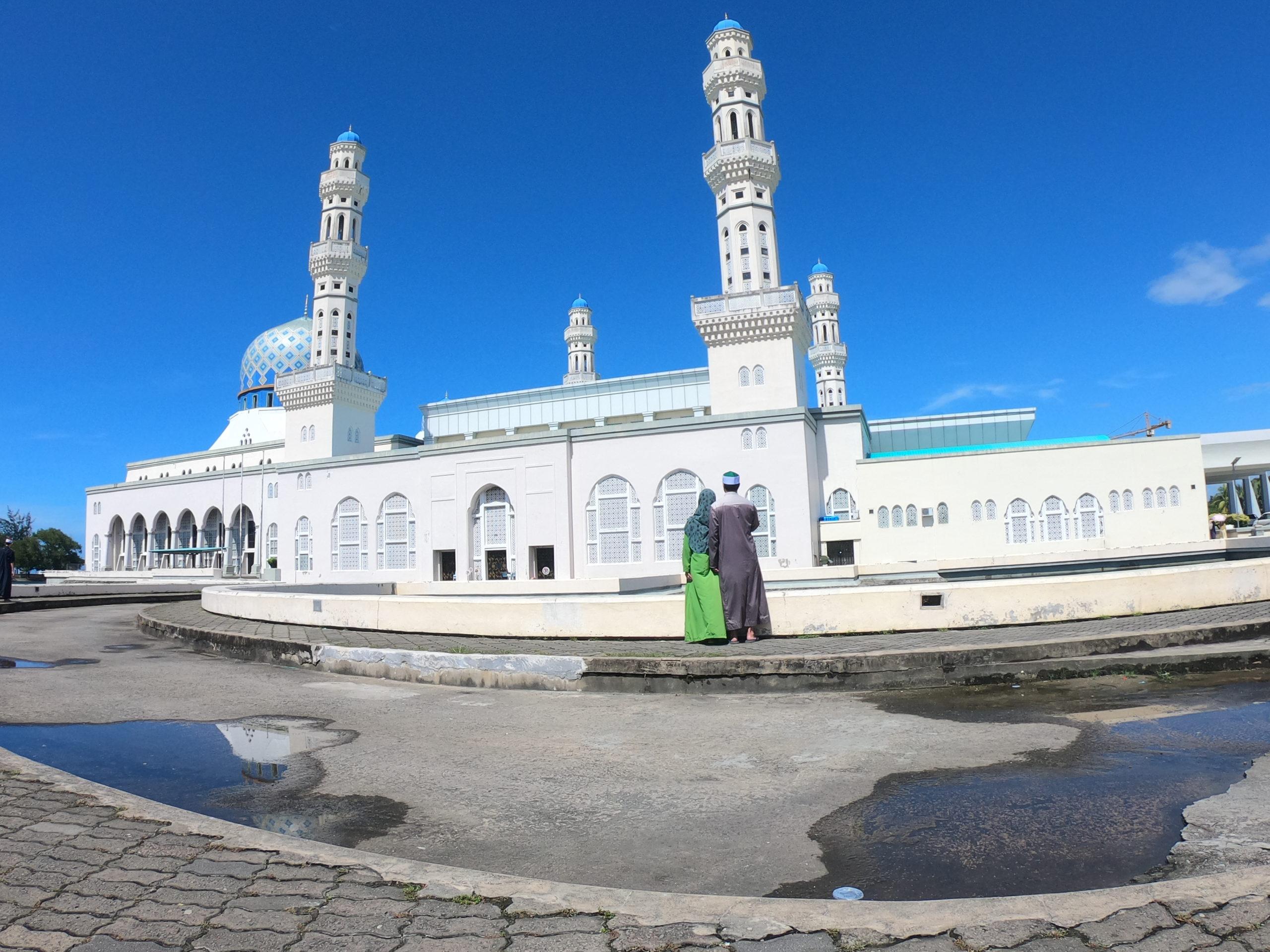 コタキナバル モスク 服装