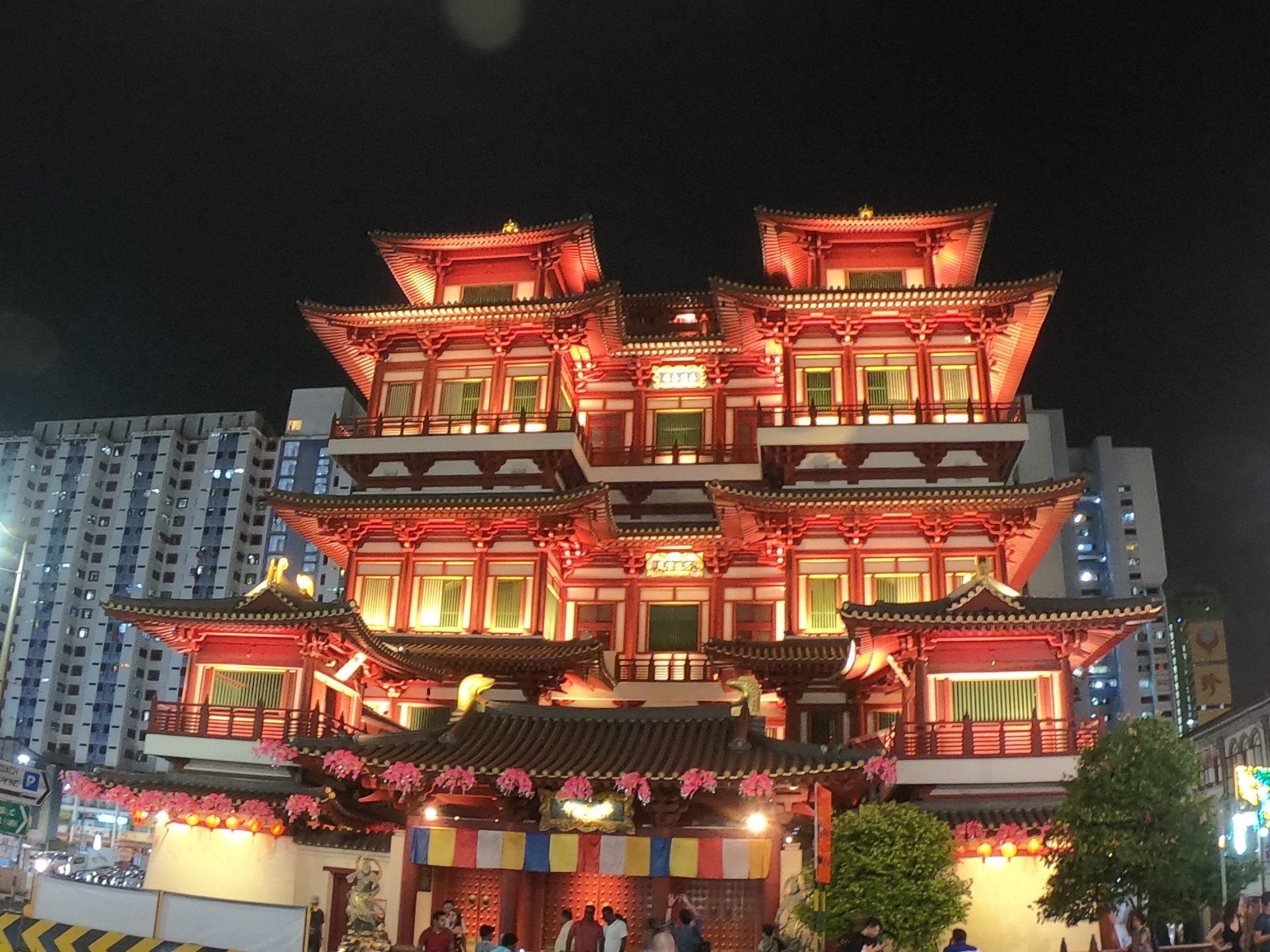 ブッダ・トゥース・レリック寺院 (Buddha Tooth Relic Temple)