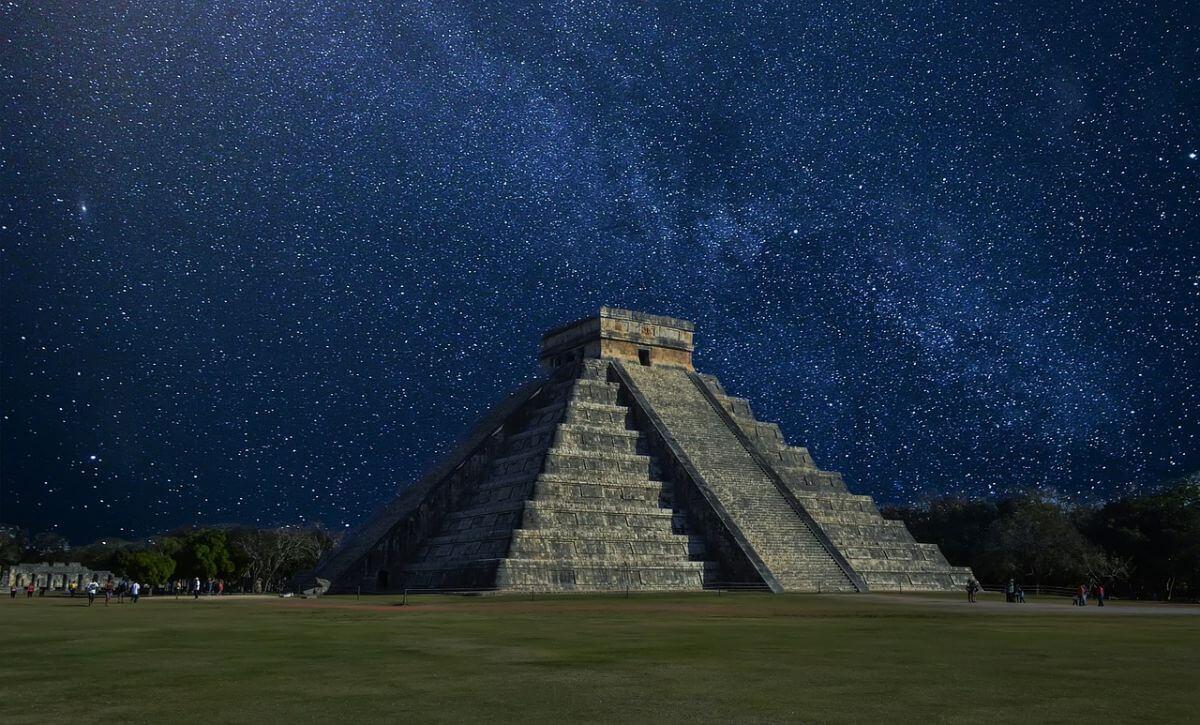 海外 卒業旅行 メキシコ カンクン マヤ遺跡
