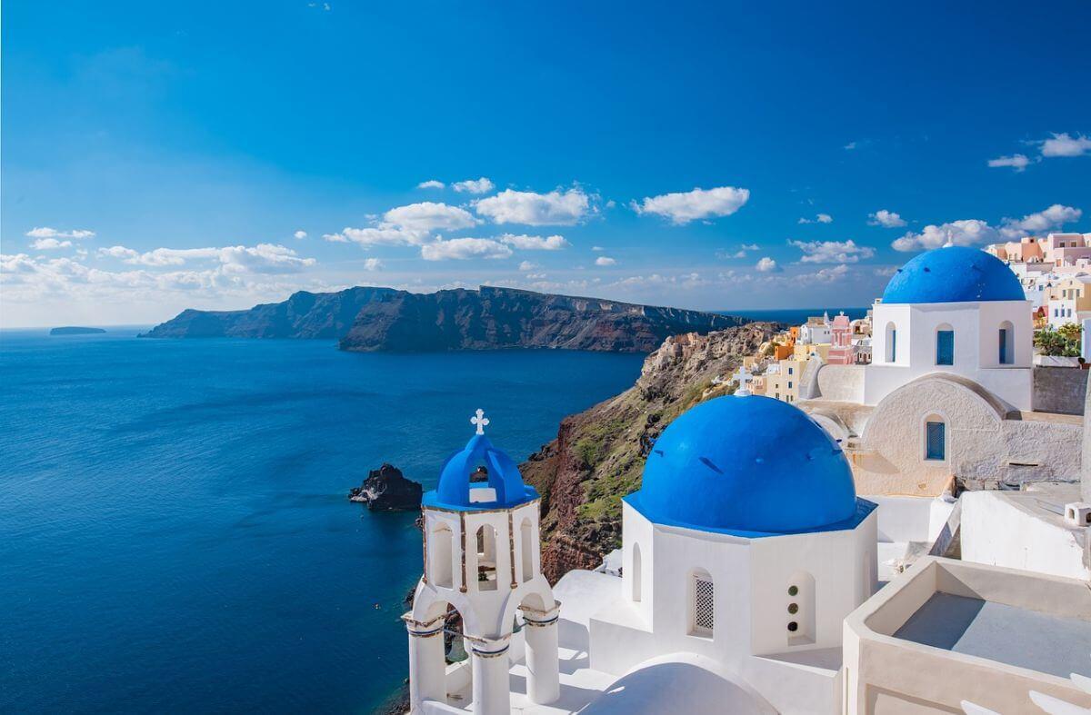 卒業旅行 海外 ギリシャ ブルードーム