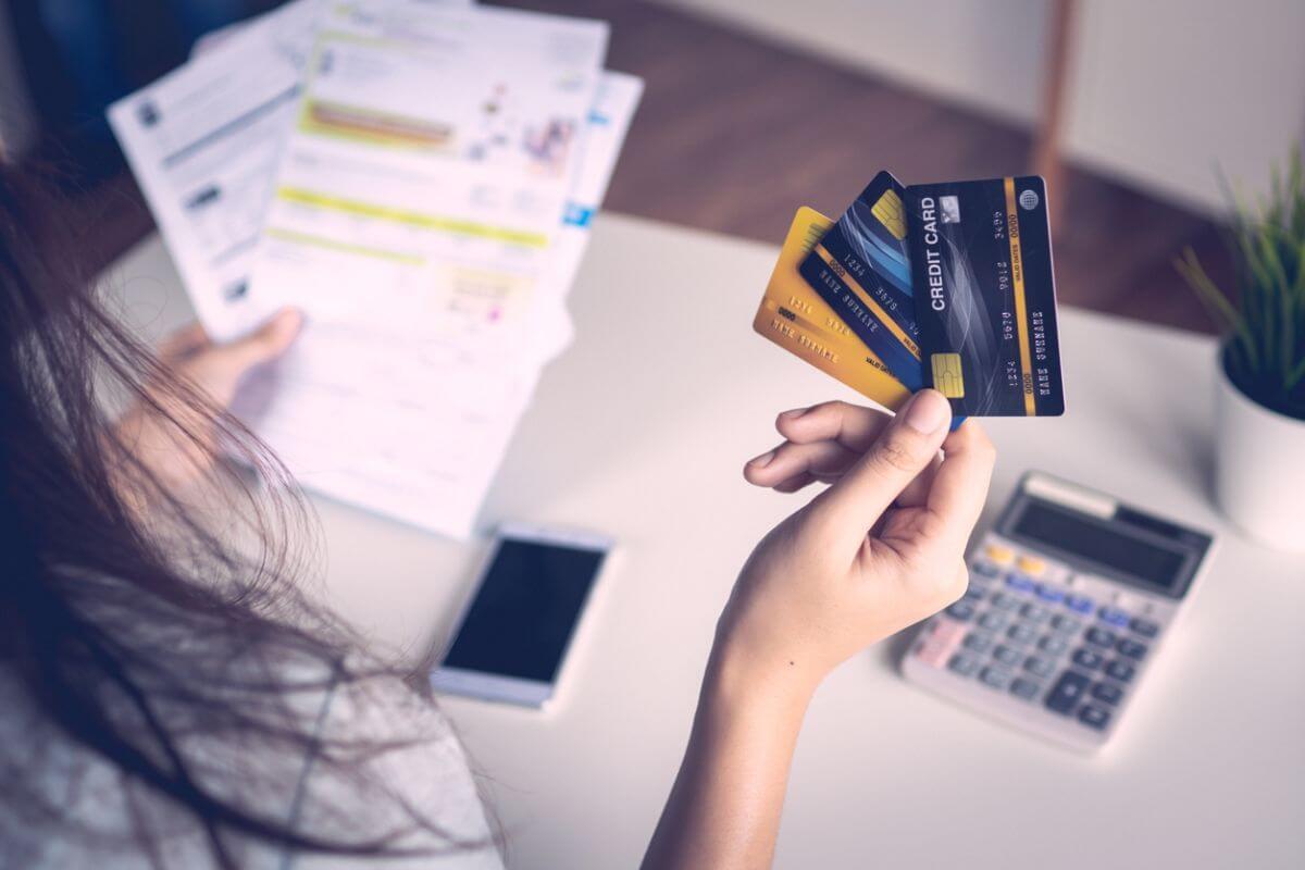 海外旅行 クレジットカード 何枚 おすすめ