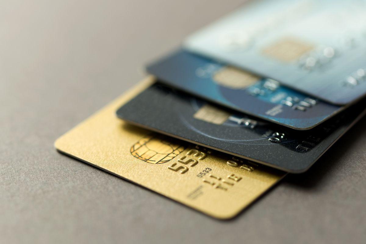 Booking.comカード キャッシュバック 終了 三井住友カード エポスカード 海外旅行傷害保険